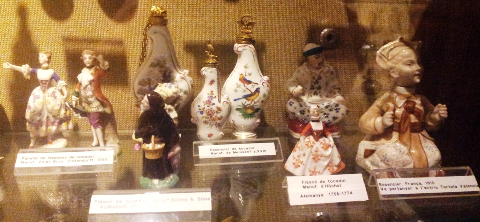 Essenciers en porcelaine - Figurines - Musée du Parfum Barcelone
